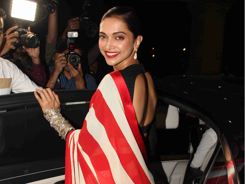 When Deepika Padukone Smiles...