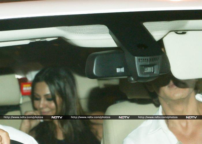 Deepika\'s Saturday Night Party Diaries With SRK, Ranveer And Alia