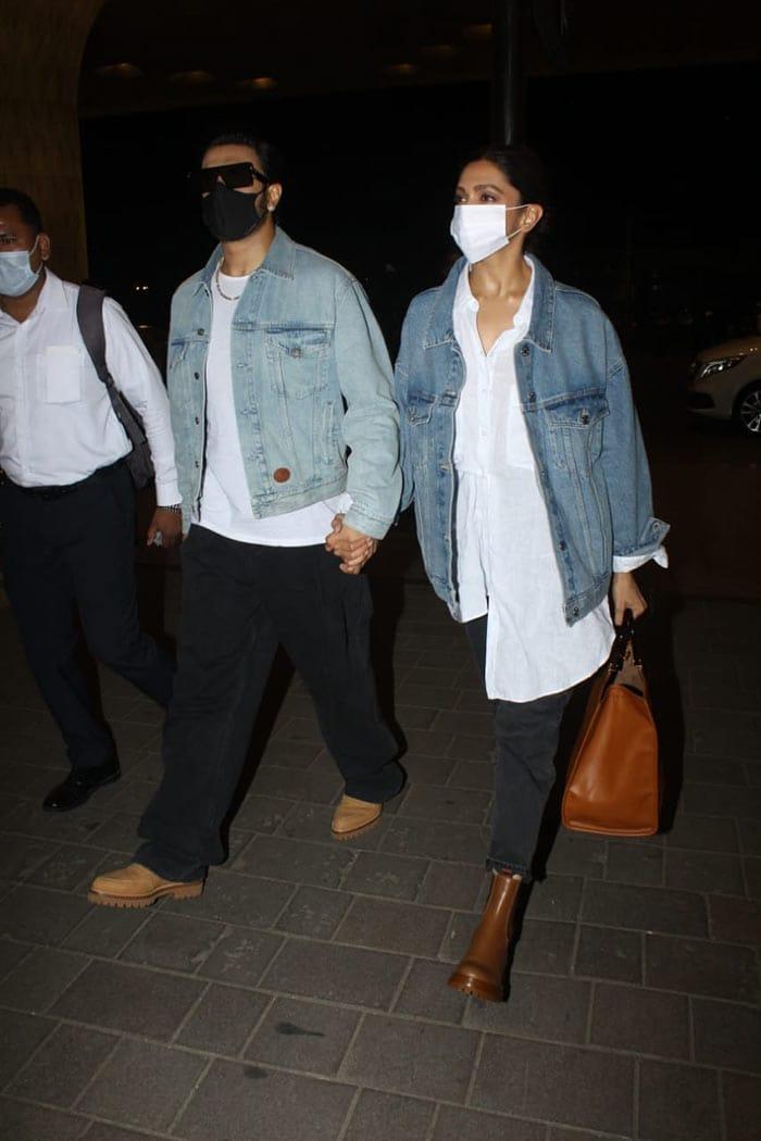 Twinning And Winning, Deepika Padukone And Ranveer Singh Fly Out Of Mumbai