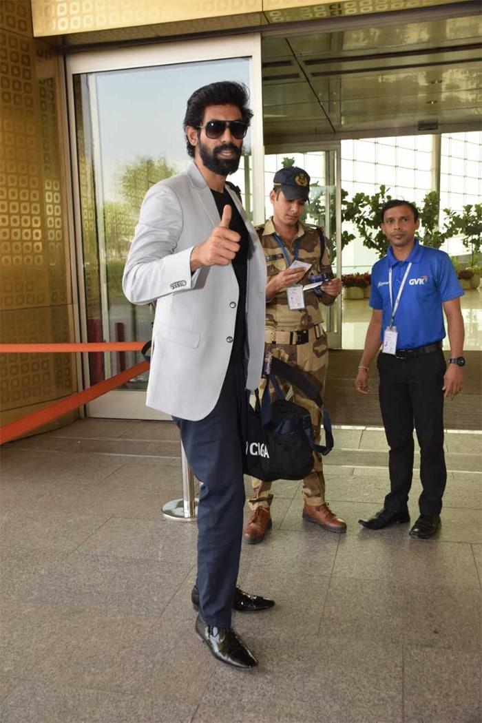 Star-Studded Airport With Deepika Padukone-Ranveer Singh And Sara Ali Khan-Kartik Aaryan