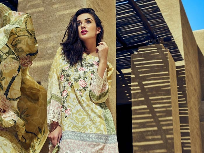 Amy Jackson, Nargis Fakhri: No Bliing, Simply Stunning