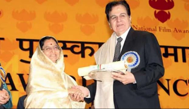 Dilip Kumar was awarded the Padma Bhushan in 1991, the Dadasaheb Phalke Award in 1994 and the Nishan-e-Pakistan (Pakistan\'s highest civilian award) in 1998.