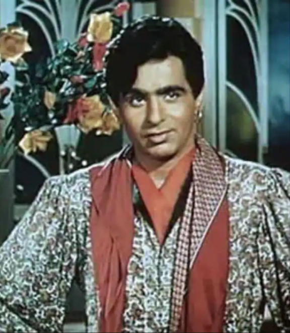 He romanced then newcomer Nadira in Aan. According to reports, Aan was the highest grosser of 1952 and was the first film to gross over Rs 15 million, a record that was to be broken by Shree 420 starring Raj Kapoor and Nargis.