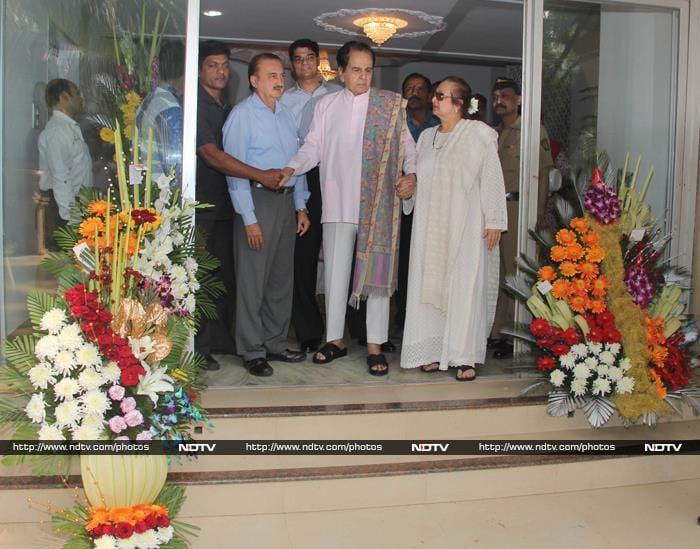 Dilip Kumar Goes Home From Hospital, Saira Banu by His Side
