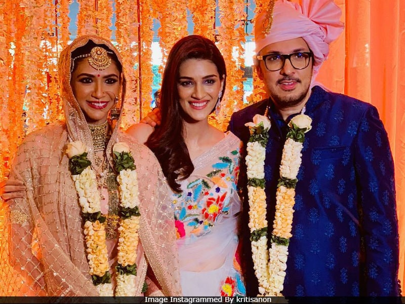 Kriti Sanon, Sushant Singh Rajput, Raveena Tandon And Others Attend Dinesh Vijan's Wedding