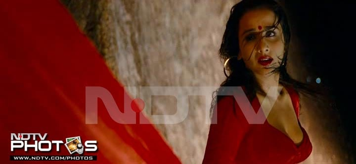 Scintillating Vidya in The Dirty Picture