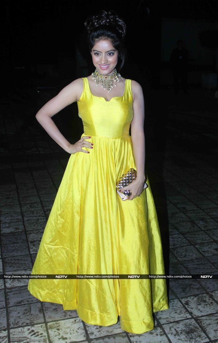 Moments From Divyanka Tripathi\'s Princessy Mumbai Reception