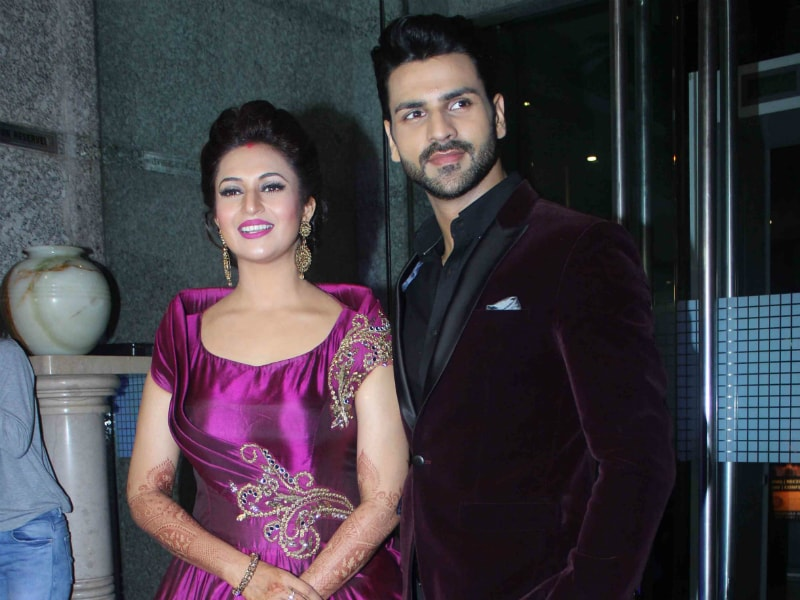 Moments From Divyanka Tripathi's Princessy Mumbai Reception