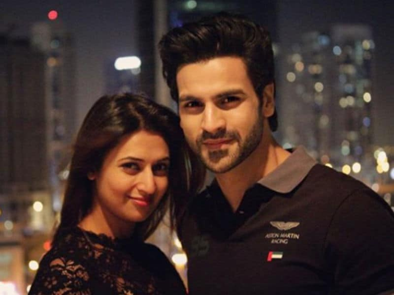 Through The Pages Of Divyanka And Vivek Dubai Diaries