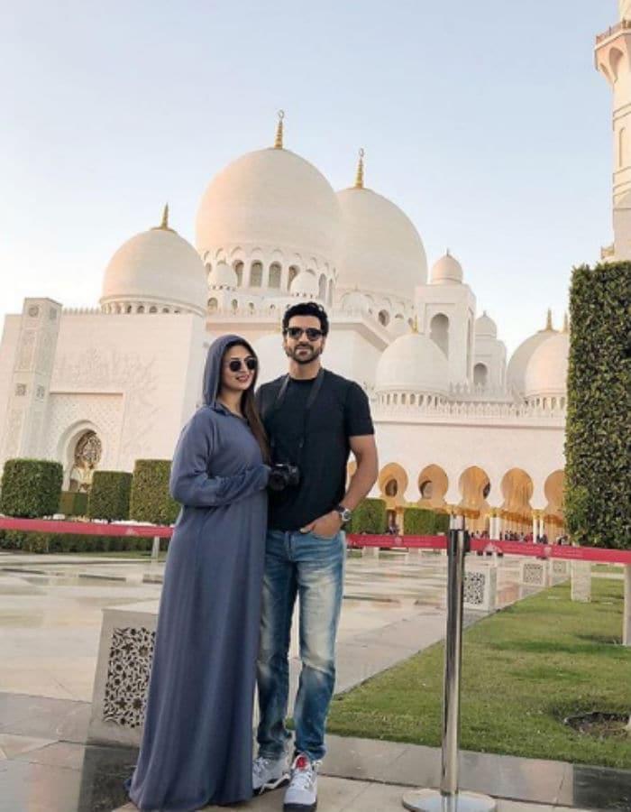 New Year सेलिब्रेट करने दुबई पहुंचीं दिव्यांका त्रिपाठी, देखें Vacation Photos