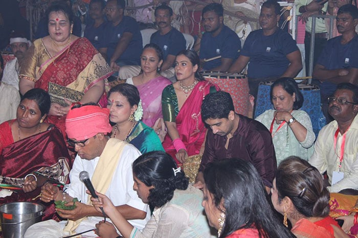 Alia Bhatt, Rani Mukerji And Hrithik Roshan Go Pandal Hopping