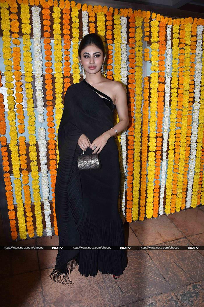 Ekta Kapoor Hosts The Bachchans, Smriti Irani And TV Celebs For Son Ravie
