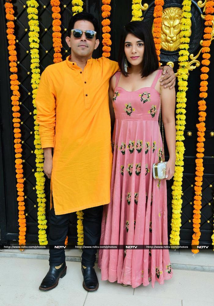 Ganesh Utsav At Ekta Kapoor\'s Home With Sakshi Tanwar, Mona Singh, Anita Hassanandani