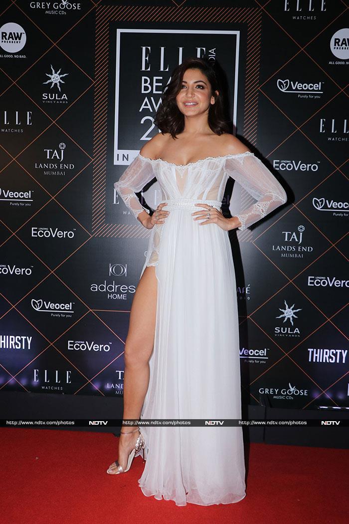 Elle Beauty Awards 2019: Kareena, Anushka And Janhvi Turn Up The Heat On Red Carpet