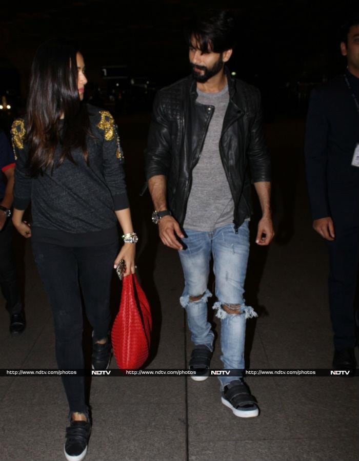 We Love Shahid And Mira\'s Airport Style