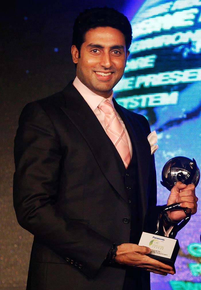 Abhishek receives Green Globe award