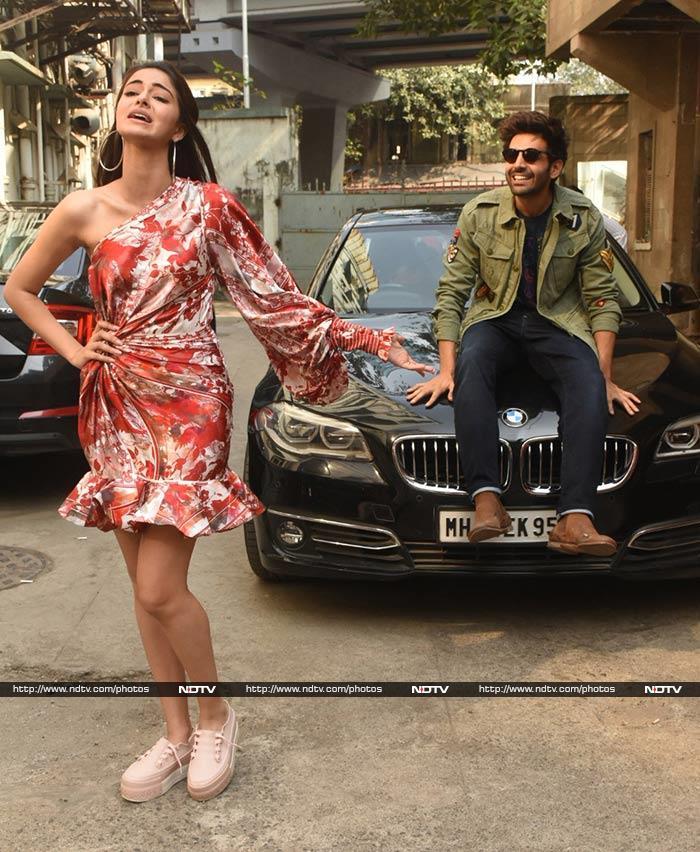 Ananya Panday, Kartik Aaryan And Bhumi Pednekar Are Quirky Trio For Pati Patni Aur Woh