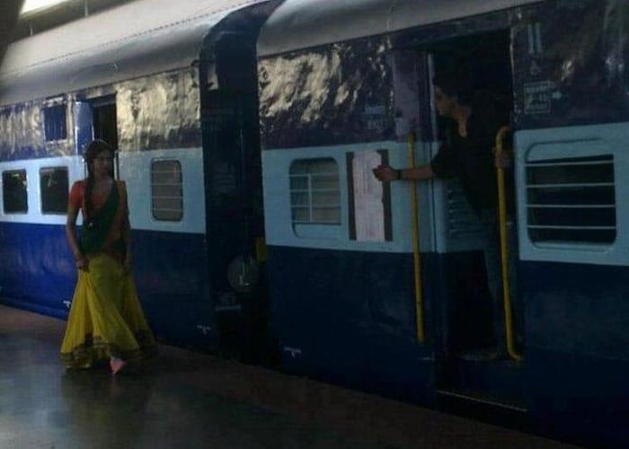 SRK, Deepika\'s rail romance