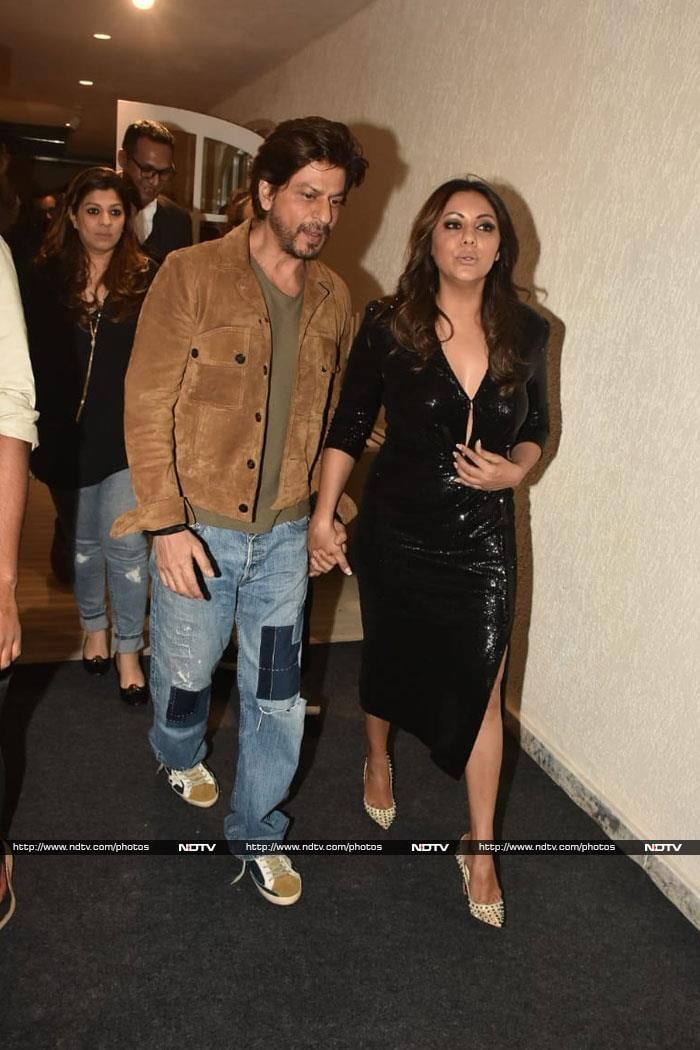 Inside Gauri Khan And Sussanne Khan\'s Well-Spent Day With Their Gang. Bonus - Shah Rukh Khan
