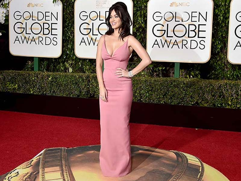 Golden Globes Fashion Police: 10 Worst Dressed Stars