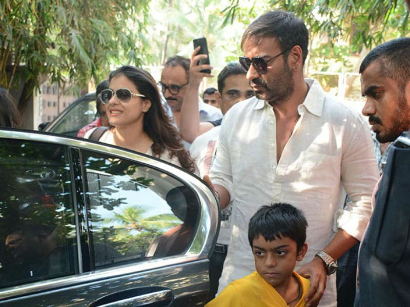 Photo : A Golmaal Day With Ajay Devgn And Kids