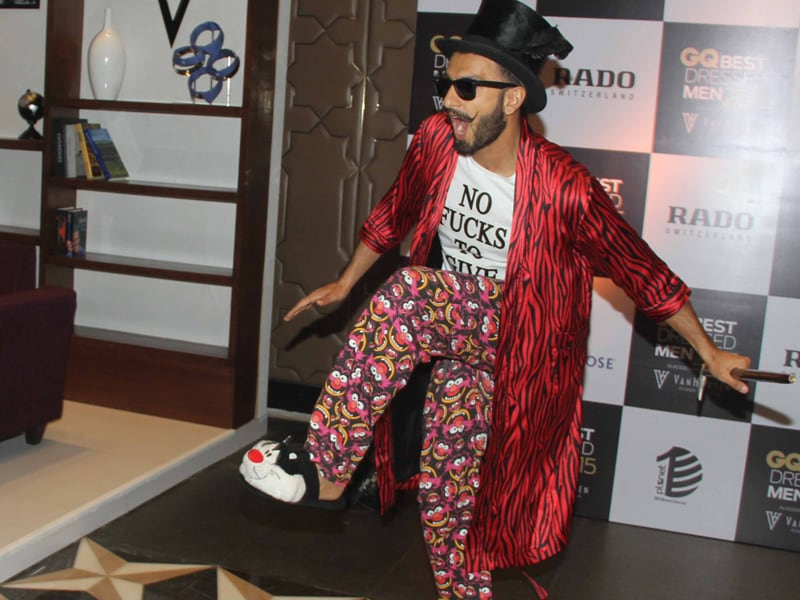 GQ Awards: Ranveer Arrives in Muppet Pyjamas; Shruti, Neha, Huma Dress to Impress