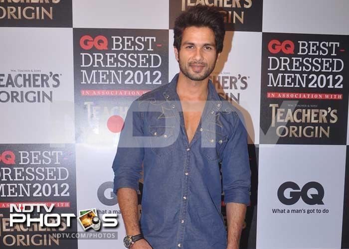 Sarah-Jane, Neha keep GQ\'s Best Dressed Men company