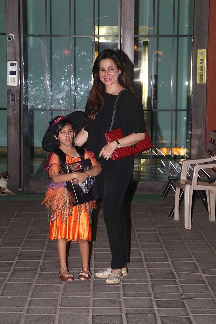 Karan Johar\'s Twins Yash And Roohi Attend Arpita Khan Sharma\'s Halloween Party