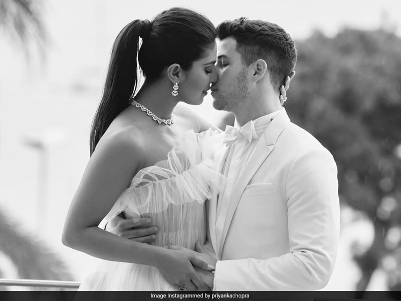 Happy 37th Birthday, Priyanka Chopra! Isn't It Romantic With Nick Jonas?