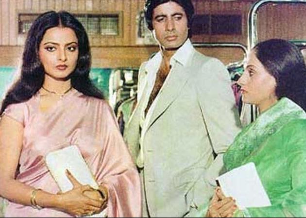 77 साल के हुए बॉलीवुड के शहंशाह अमिताभ बच्चन, जानें कैसा रहा बॉलीवुड में  उनका अब तक का सफर