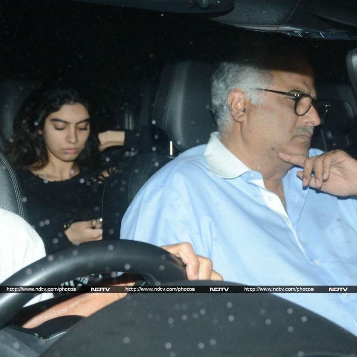 Rani Mukerji Screens Hichki And Ajay Devgn Raids The Theatres