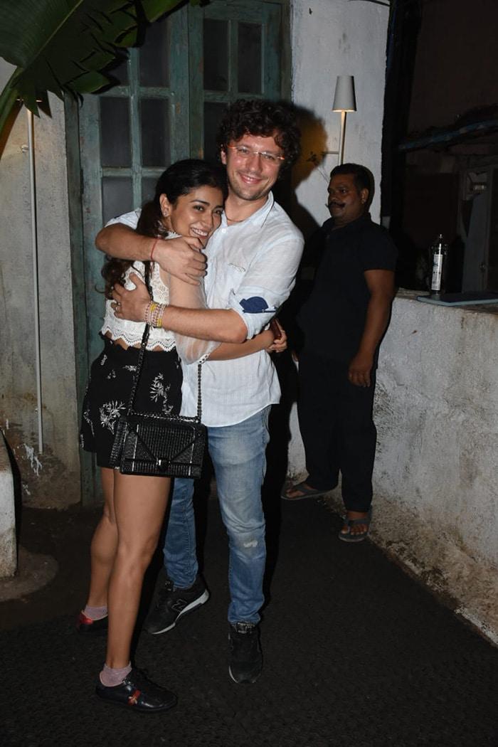 How Malaika, Sonam, Shriya Partied Last Night