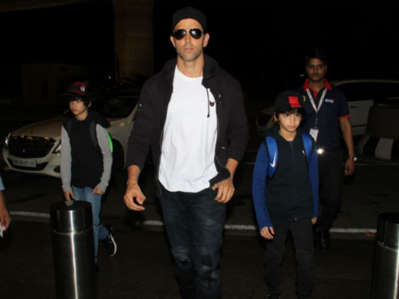 Hrithik Roshan & Sons Off To Vacationing Again?
