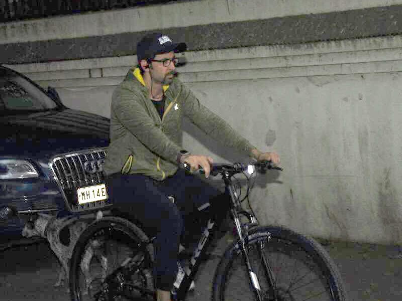 Yes, That Was Hrithik Roshan Cycling On The Streets