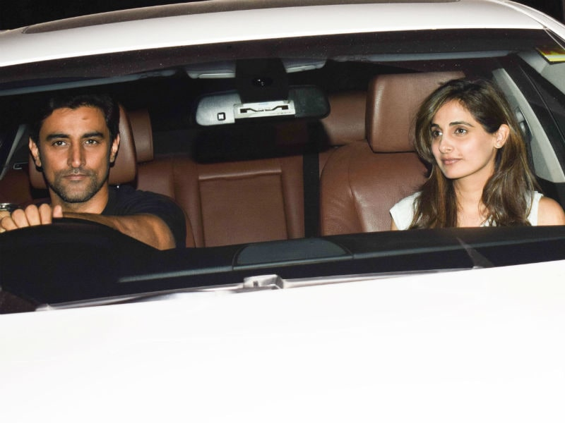 Inside Hrithik's Birthday Bash With Sussanne, Naina And Kunal