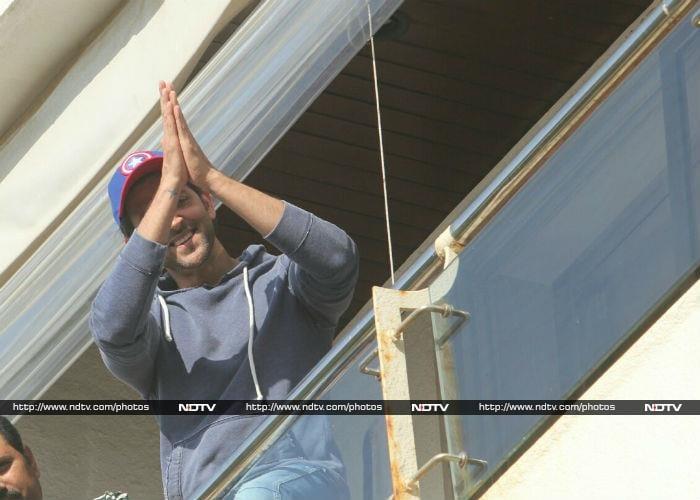 Hrithik Roshan Greets Fans And Media On Birthday