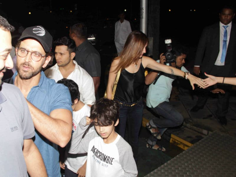 Photo : Hrithik Roshan's Dinner Date With Sussanne, Sons