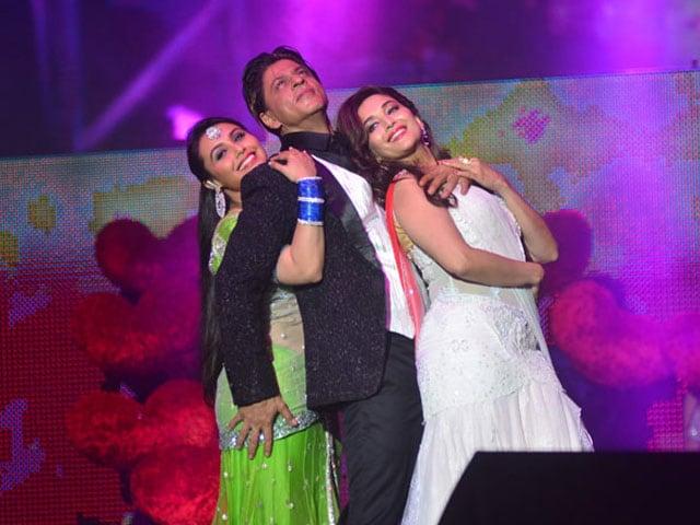 Photo : Temptation x 3: SRK, Rani, Madhuri