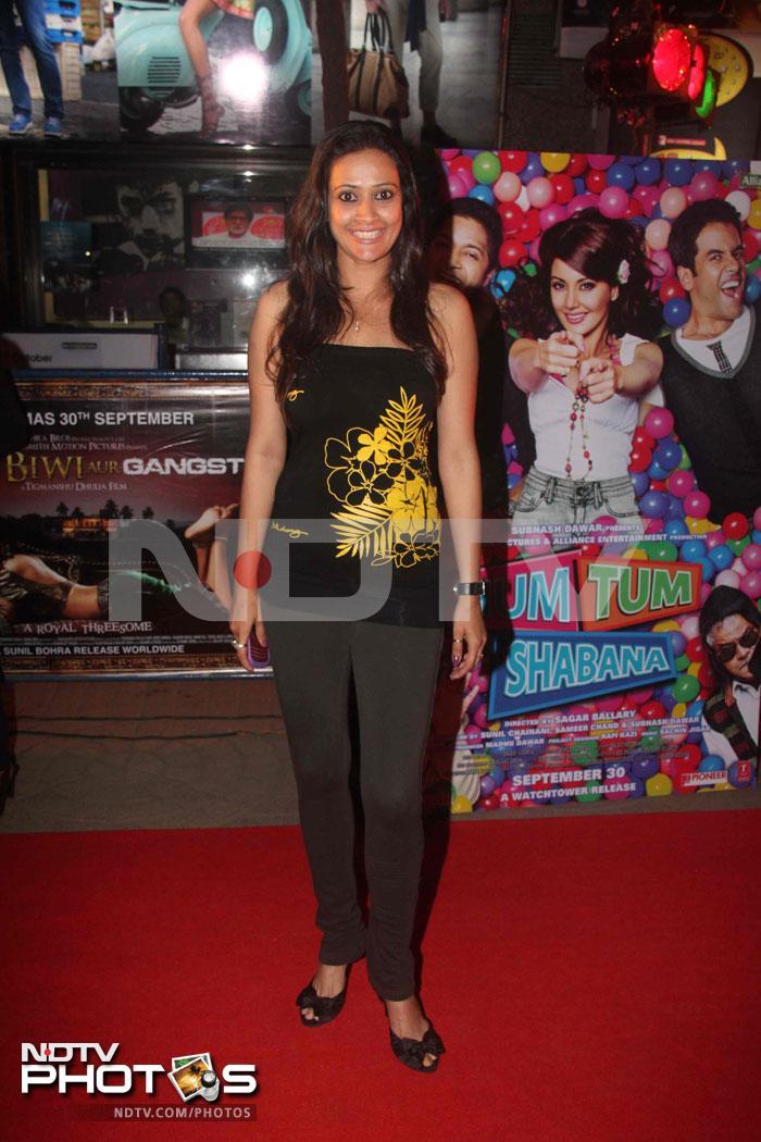 Stars at the premiere of Hum Tum Aur Shabana