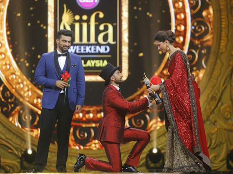 At IIFA, Ranveer Wears His Heart on Sleeve For Deepika