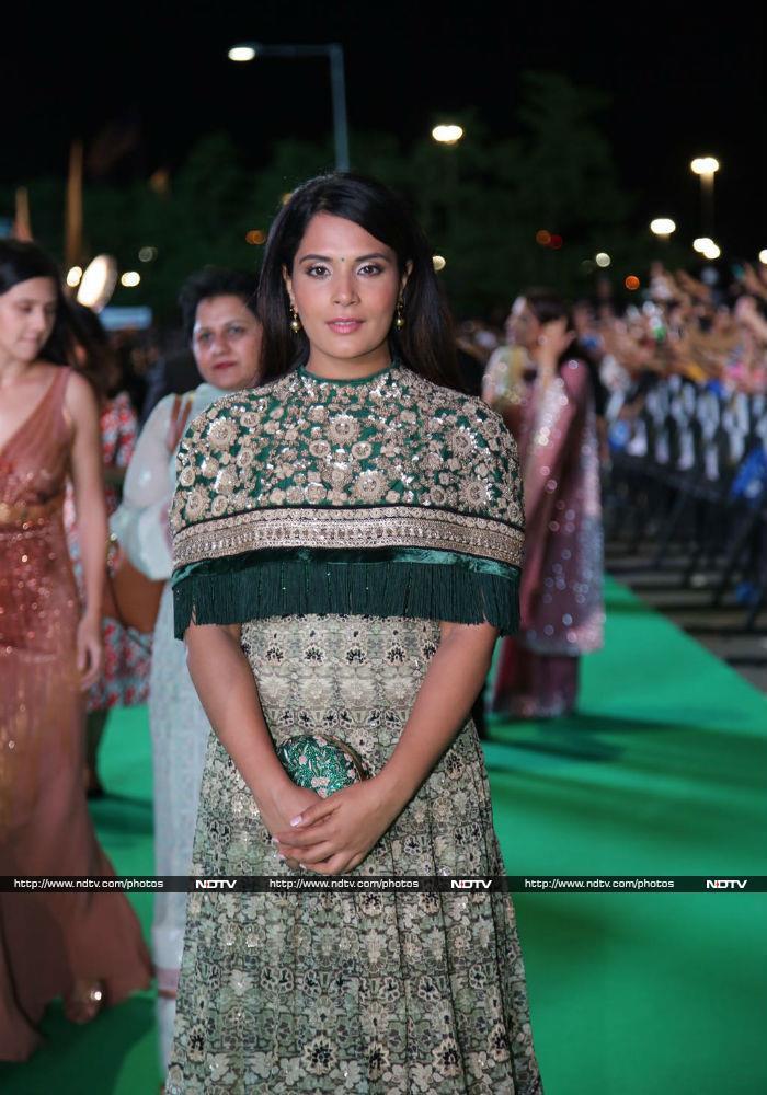 IIFA Awards 2017: Salman, Alia And Shahid\'s Shaandaar Green Carpet Show