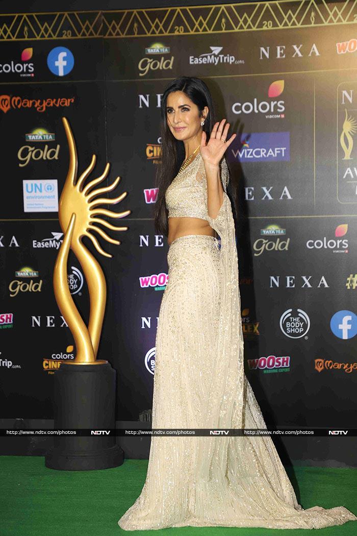 IIFA Awards 2019: Deepika Padukone, Katrina Kaif, Alia Bhatt, Sara Ali Khan Dazzle On Green Carpet