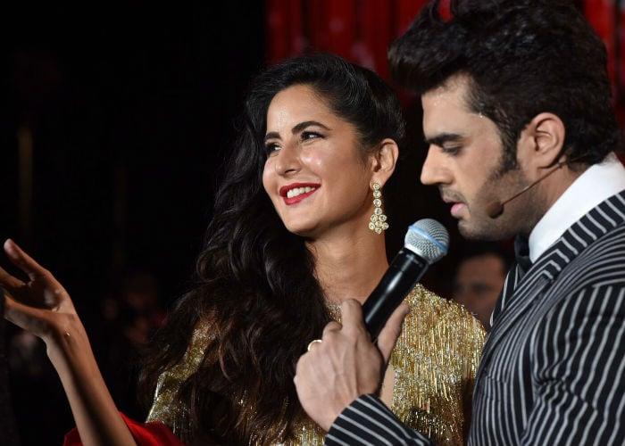 IIFA Awards 2017: सलमान, आलिया जैसे सितारों का ग्रीन कारपेट पर जलवा