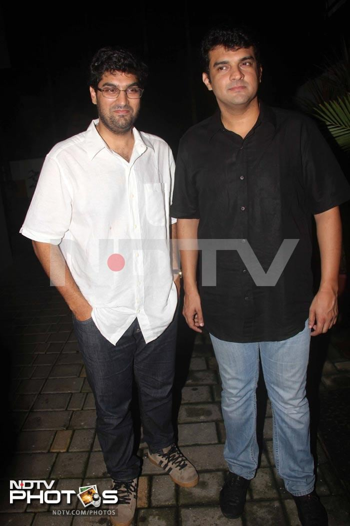 Imran Khan\'s success party for Mere Brother Ki Dulhan!