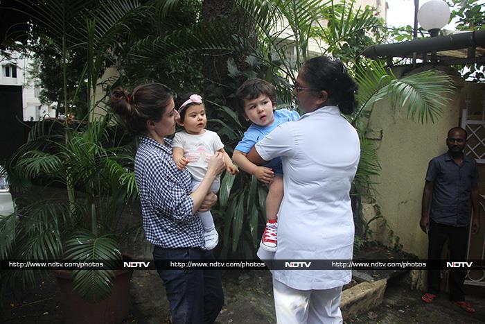 Baby Taimur And Inaaya\'s Day Out