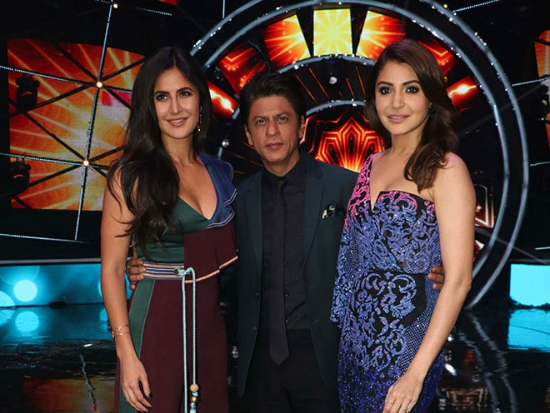 Katrina, Shah Rukh Khan And Anushka Lighten Up The Sets Of Indian Idol 10