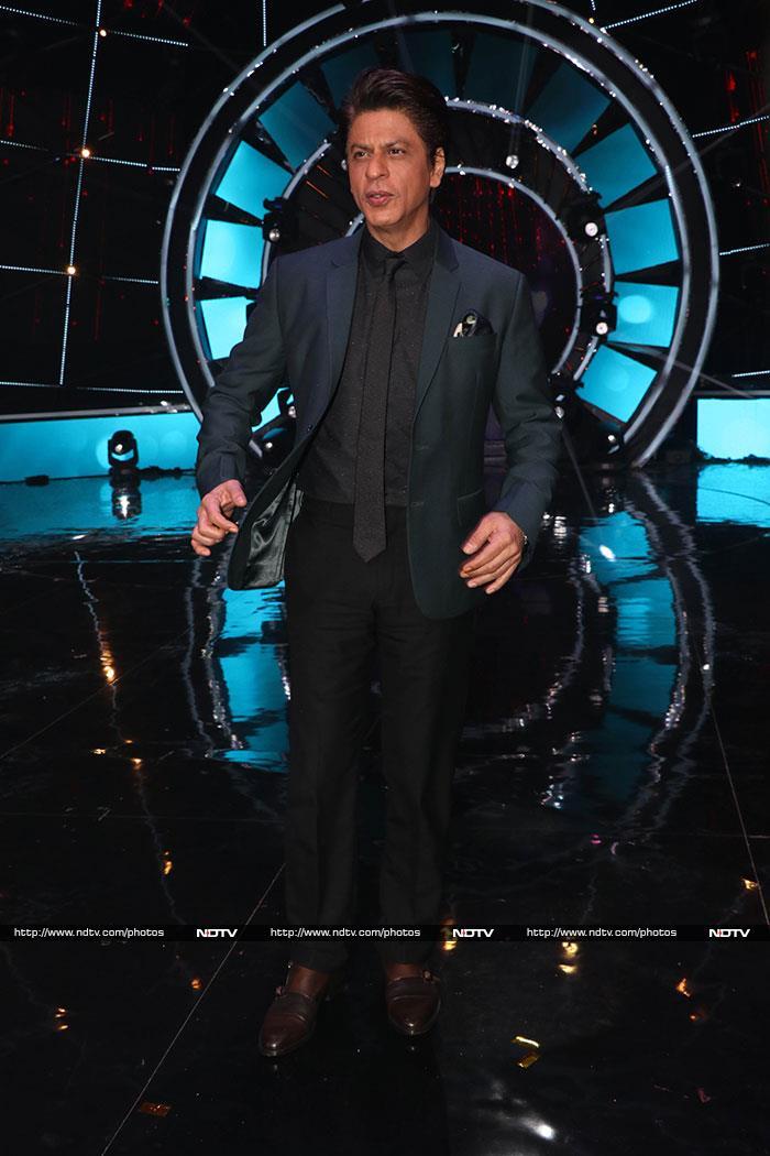 फिल्म 'जीरो' के प्रमोशन के लिए इंडियन आइडल 10 के सेट पर पहुंचे शाहरुख