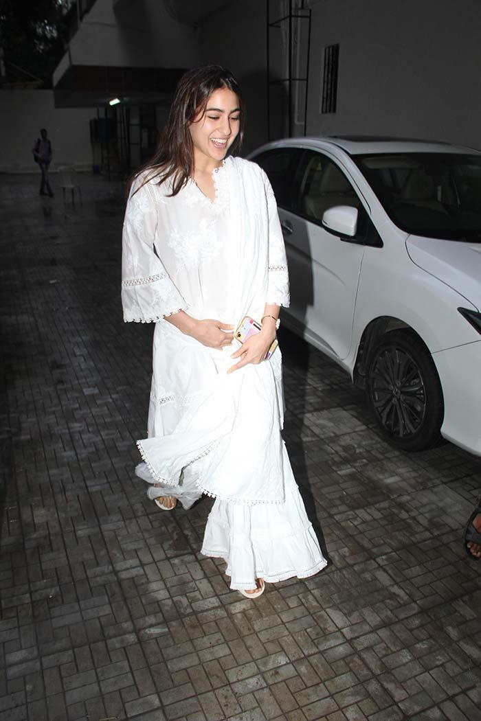 Inside Malaika Arora And Sara Ali Khan\'s Weekend Diaries