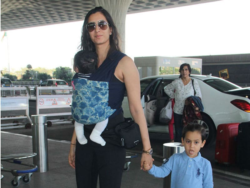 Some Really Cute Pics Of Pragya Kapoor And Her Kids