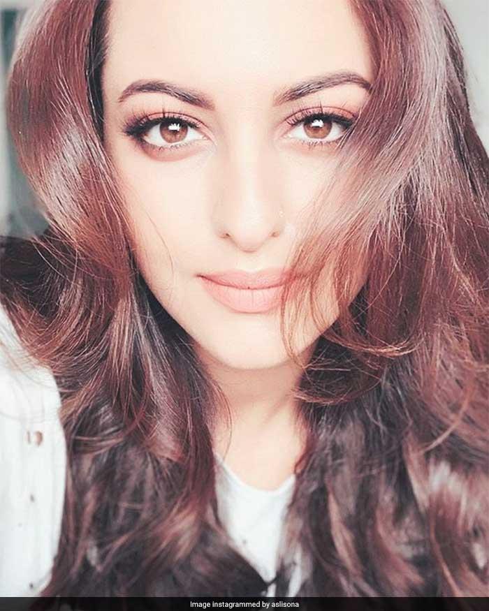 Happy Birthday, Sonakshi Sinha. Bollywood\'s Dabangg Lady @ 33